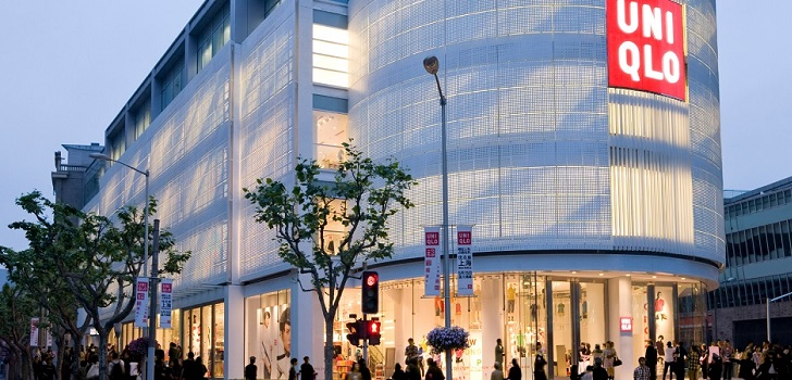 Fast Retailing grows at a faster pace: sales go up 14% and profits soar 29.8% in 2017