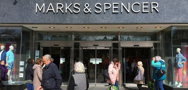Moody's lowers the perspective for Marks&Spencer after the fall of fashion sales