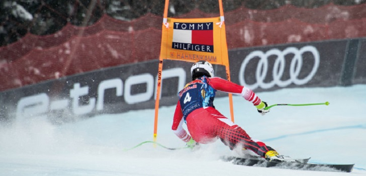 Tommy Hilfiger jumps into skiing