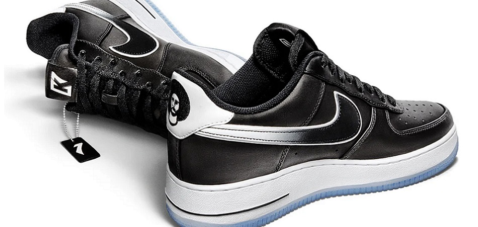 Nike King of 'sneakers' with new Air Force 1