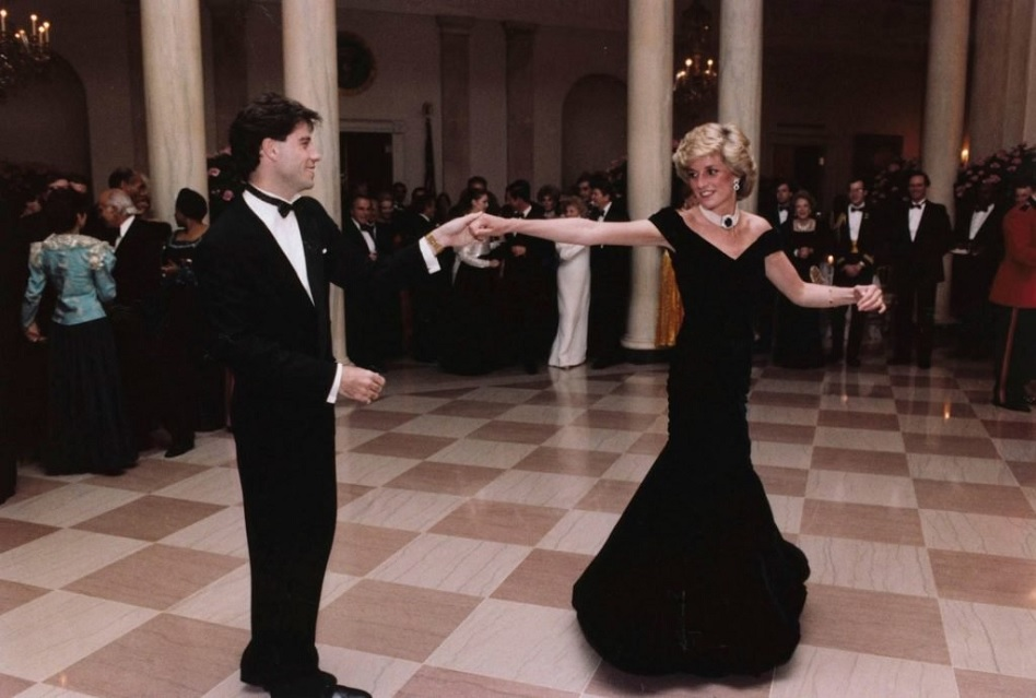 Want to be a princess? Iconic Lady Di dress for auction
