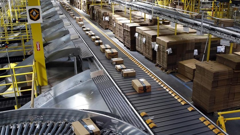 Amazon opens new logistics center in Poland