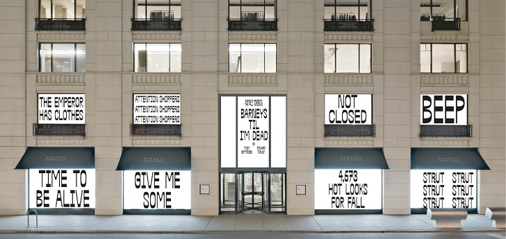"""Not Closed"": Barneys faces bankruptcy with humor"