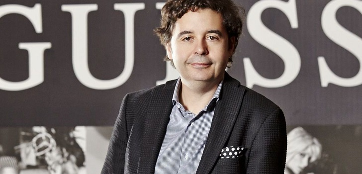 Víctor Herrero returns to Europe: signs for Clarks' board after leaving Guess