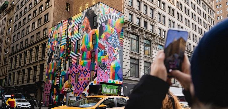 Desigual, explosion of color with Okuda San Miguel