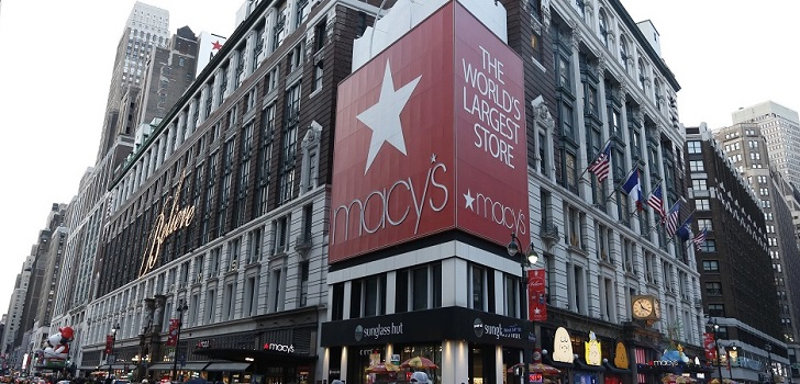 Macy's closes 28 stores in US after drop in Christmas sales