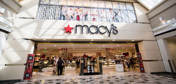 Macy's teams up with Facebook to bring pure players to stores