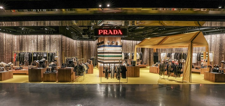 Prada tries new store concept in one of its biggest markets: opens shop-in-shop in Beijing