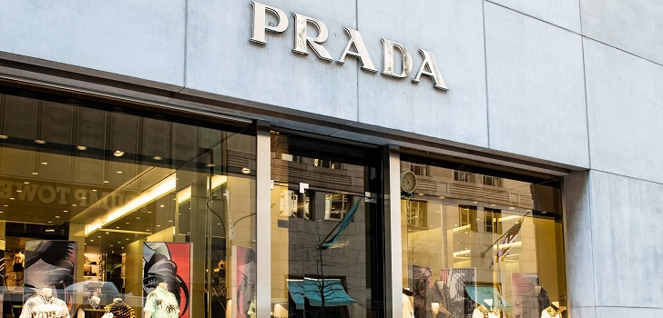 Prada signs beauty license with L'Oréal