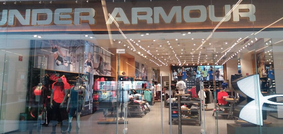 Dinkarville soldadura Persona  Under Armour shares drop 19% after federal investigation of its accounting  | MDS